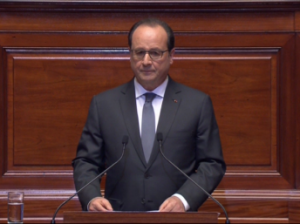 French President Francois Hollande speaks before an extraordinary congress in Versailles on 16 November Elysée